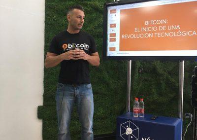 Enrique Hernández Nuez ponente en Bitcoin y Blockchain